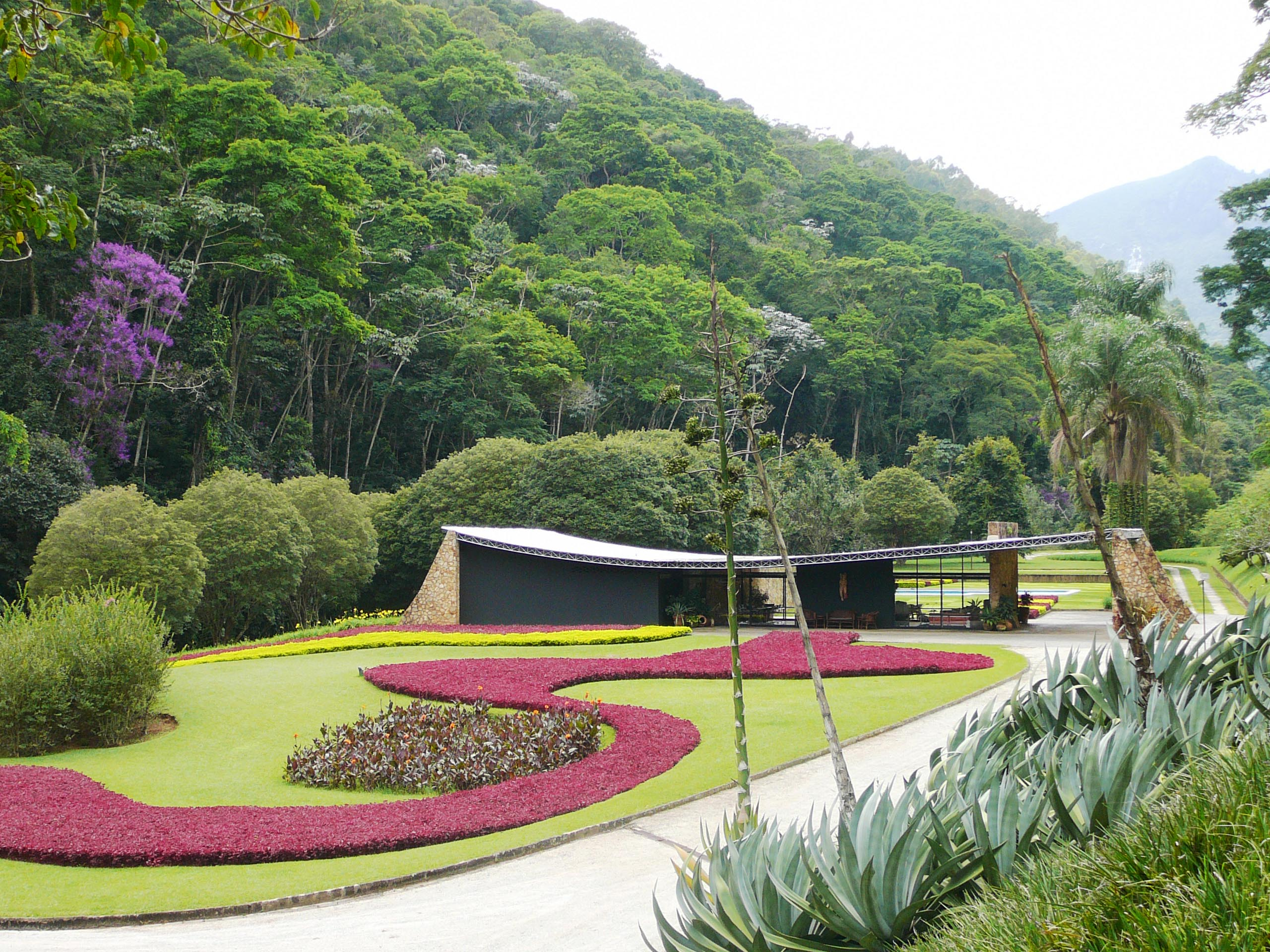Burle marx arte vegetal for Fotos paisajistas